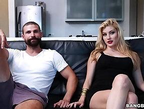 Blonde Teen gina Valentina Bolivar Has Big Tits Big Ass