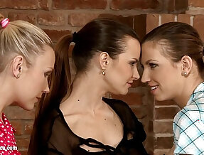 Passionate Threesome by Sapphic Erotica sensual lesbian with Klara Juliette Tania